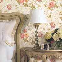 Bold floral print wallpaper deplays the best in cottage style wallpaper