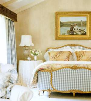 French Country bedroom decor